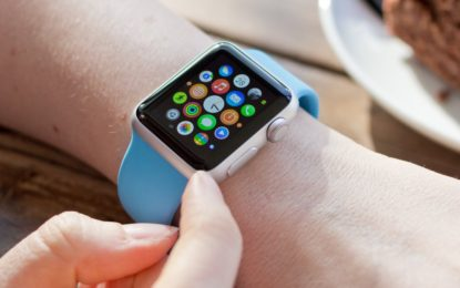 Parkinson. Apple Watch, sarà in grado di monitorare tremori e discinesia